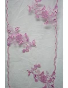Blonda rosa con flores