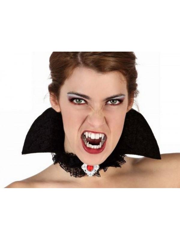 Gargantilla con cuello vampira