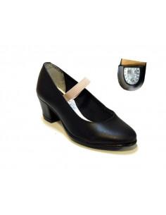 Zapato andaluza claveteado