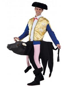 Disfraz torero sobre toro adulto