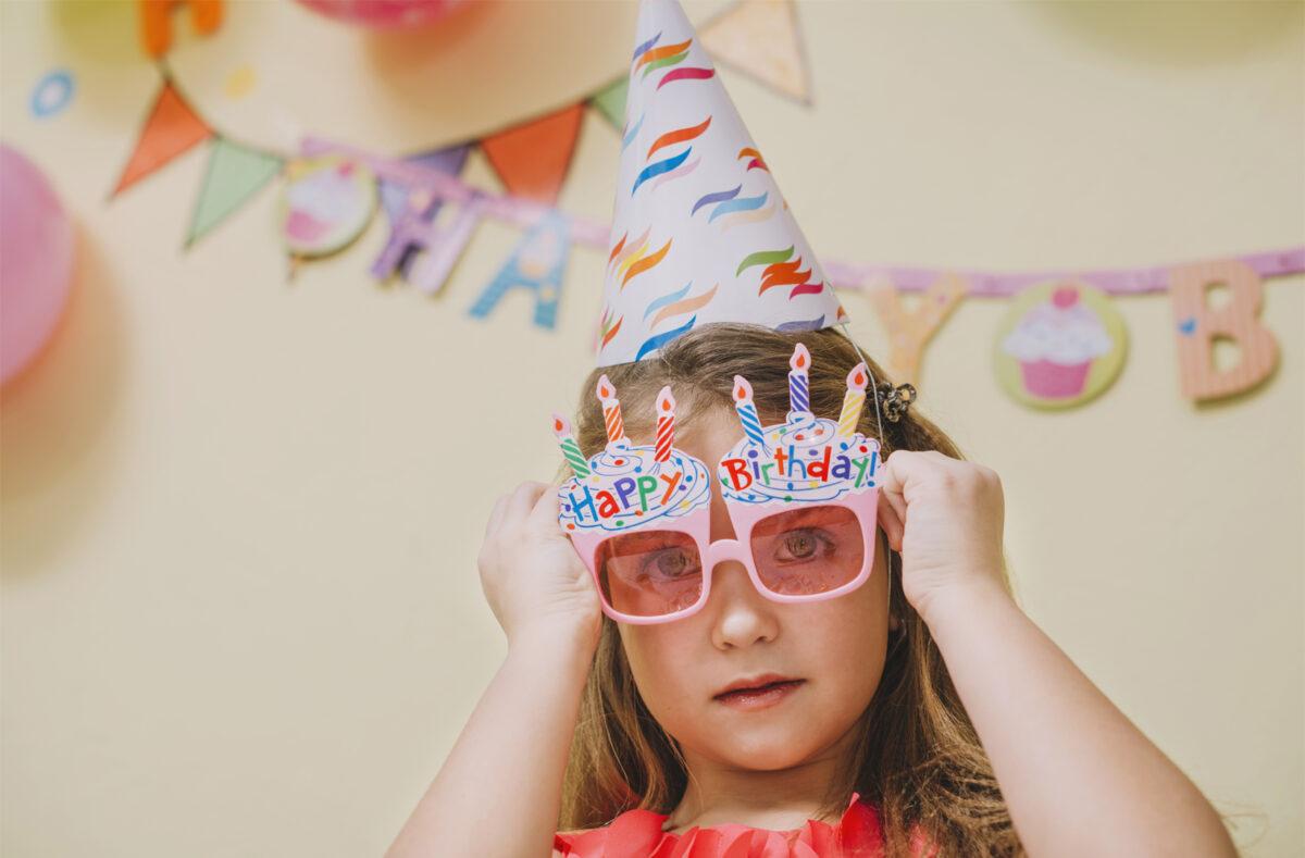Regala disfraces para cumpleaños